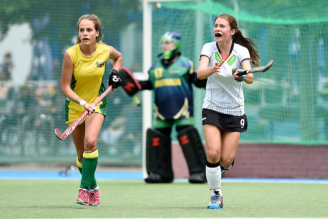 GER - Mannheim, Germany, May 24: During the U16 Girls match between Australia (green) and Germany (white) during the international witsun tournament on May 24, 2015 at Mannheimer HC in Mannheim, Germany. Final score 0-6 (0-3). (Photo by Dirk Markgraf / www.265-images.com) *** Local caption *** Nika Boenisch #9 of Germany