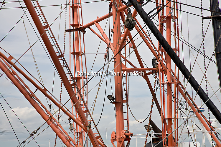 commercial fishing boat masts and outriggers