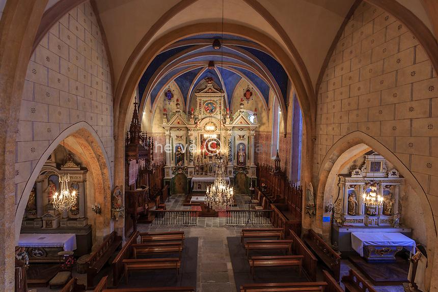 France, Cantal (15), Carlat, intérieur de l'église Saint-Avit // France, Cantal, Carlat, inside  Saint Avit church