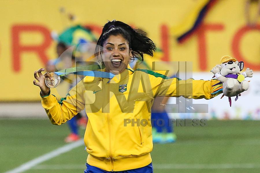 HAMILTON, CANADA, 25.07.2015 - PAN-FUTEBOL -  Maurine do Brasil comemora medalha de ouro após ganhar de 4 a 0 da Colombia em partida da final do futebol feminino nos jogos Pan-americanos no Estadio Tim Hortons em Hamilton no Canadá neste sábado, 25.  (Foto: William Volcov/Brazil Photo Press)