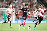 Athletic de Bilbao's Aymeric Laporte (l) and Ander Iturraspe (r) and FC Barcelona's Sergi Roberto during La Liga match. August 28,2016. (ALTERPHOTOS/Acero) /NORTEPHOTO