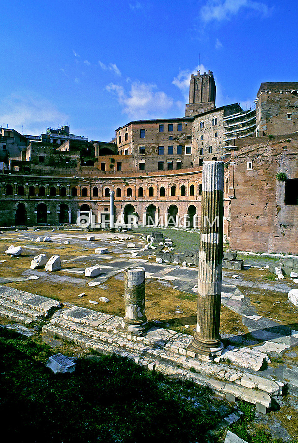 Ruinas do Mercado de Traiano em Roma. 1998. Foto de Juca Martins.