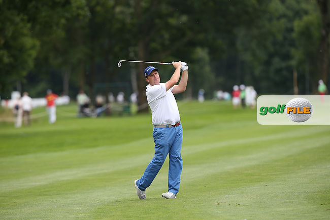 Anthony Wall (ENG) plays down the 9th during Round One of the 2015 BMW International Open at Golfclub Munchen Eichenried, Eichenried, Munich, Germany. 25/06/2015. Picture David Lloyd | www.golffile.ie