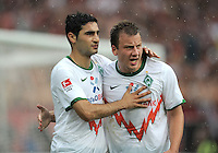 FUSSBALL   1. BUNDESLIGA  SAISON 2011/2012   6. Spieltag 1 FC Nuernberg - SV Werder Bremen         17.09.2011 JUBEL nach dem Tor zum 0:1 Mehmet Ekici, Philipp Bargfrede (v.li., SV Werder Bremen)