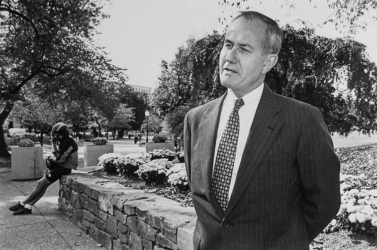 Lieutenant general Leonard P. Wishart at Capitol Hill on Oct. 23, 1992. (Photo by Laura Patterson/CQ Roll Call)