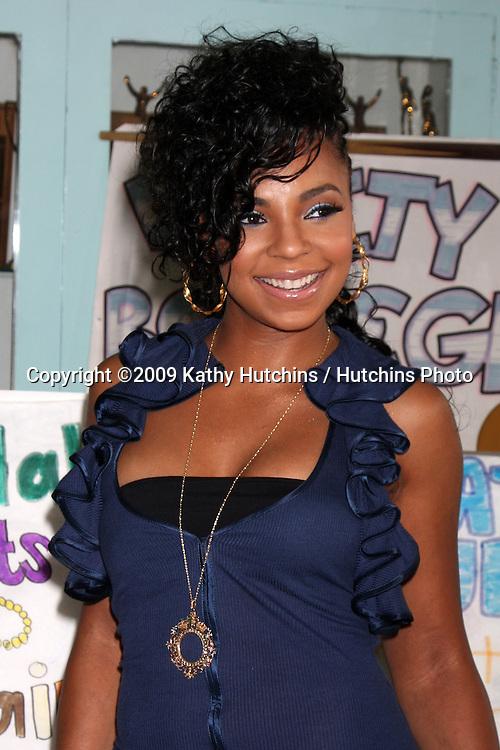 Ashanti arriving at  Boys & Girls Club of Los Angeles , CA on August 28, 2009.©2009 Kathy Hutchins / Hutchins Photo.