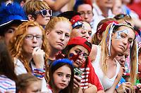 VANCOUVER, CANADÁ, 05.07.2015 - EUA-JAPÃO - Torcedores dos Estados Unidos durante partida contra o Japão jogo válido pela final da Copa do Mundo de Futebol Feminino no Estádio BC Place em Vancouver  no Canadá neste domingo, 05. (Foto: William Volcov/Brazil Photo Press)