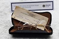 Press conference on John Lennon's stolen goods