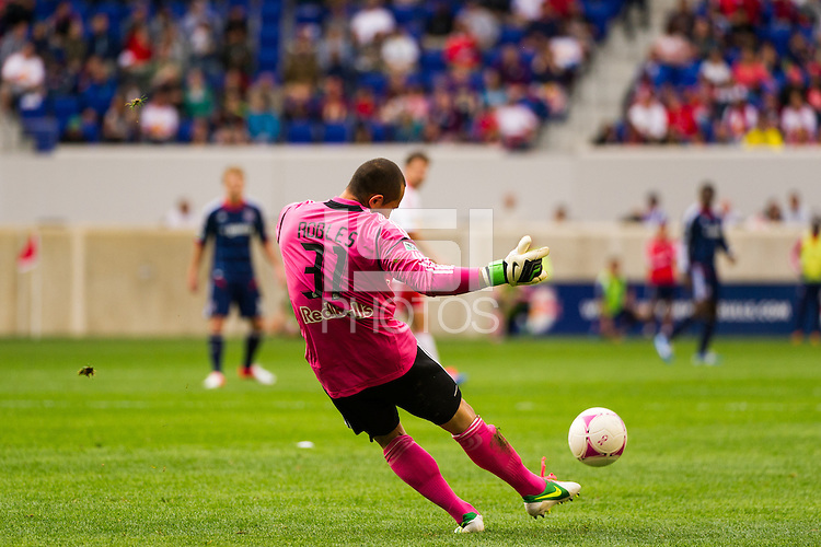 New York Red Bulls goalkeeper Luis Robles (31). The Chicago Fire defeated the New York Red Bulls 2-0 during a Major League Soccer (MLS) match at Red Bull Arena in Harrison, NJ, on October 06, 2012.