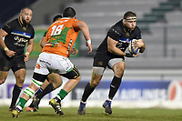 Henry Thomas of Bath Rugby in possession. European Rugby Champions Cup match, between Benetton Rugby and Bath Rugby on January 20, 2018 at the Municipal Stadium of Monigo in Treviso, Italy. Photo by: Patrick Khachfe / Onside Images