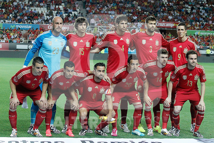 Spain's team photo with Pepe Reina, Ander Iturraspe, Javi Martinez, Gerard Pique, Fernando Torres, Cesar Azpilicueta, Pedro Rodriguez, Xavi Hernandez, Santi Cazorla, Alberto Moreno and Juan Mata during international friendly match.May 30,2014.(ALTERPHOTOS/Acero)