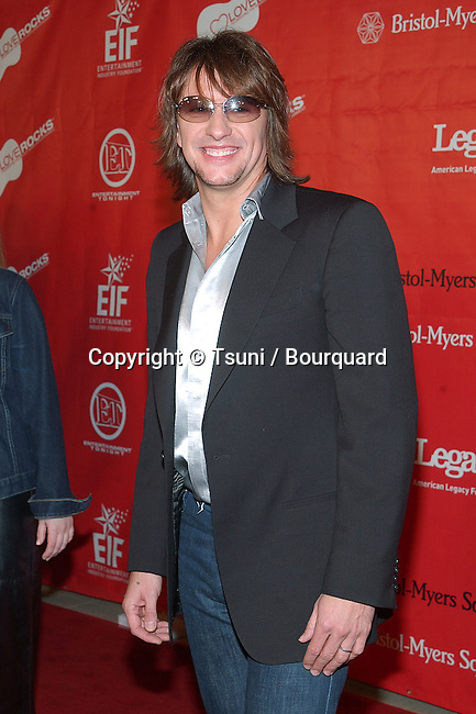 """Richie Sambora arriving at the First Annual Entertainment Industry Foundation """" Love Rocks """". Concert  to Celebrate the biggest Heart in Entertainment. February 14, 2002.           -            SamboraRichie02.jpg"""