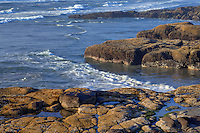 ORCOC_D205 - USA, Oregon, Yachats, Waves and rocky, basalt shoreline.