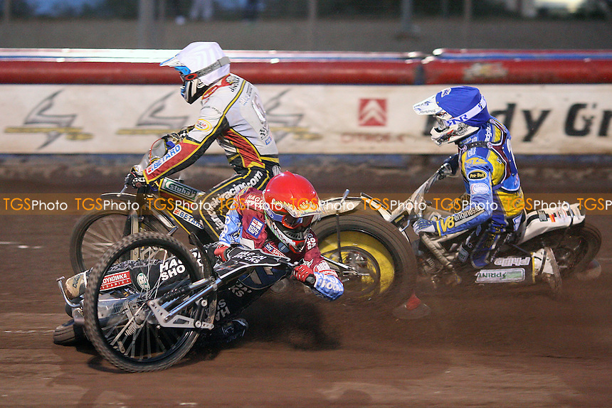 Heat 6: Lee Richardson (red), Maciej Janowski (white) and Cameron Woodward (blue) - Lakeside Hammers vs Swindon Robins - Elite League Speedway at Arena Essex Raceway - 12/08/11 - MANDATORY CREDIT: Gavin Ellis/TGSPHOTO - Self billing applies where appropriate - 0845 094 6026 - contact@tgsphoto.co.uk - NO UNPAID USE.