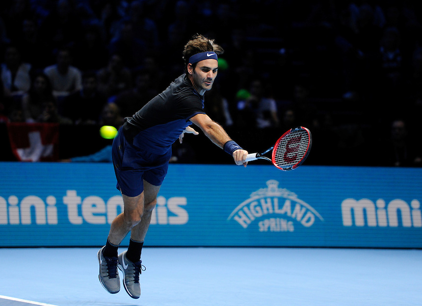 Roger Federer in action against Tomas Berdych in their Stan Smith Group match today<br /> <br /> Photographer Ashley Western/CameraSport<br /> <br /> International Tennis - Barclays ATP World Tour Finals - O2 Arena - London - Day 1 - Sunday 15th November 2015<br /> <br /> &copy; CameraSport - 43 Linden Ave. Countesthorpe. Leicester. England. LE8 5PG - Tel: +44 (0) 116 277 4147 - admin@camerasport.com - www.camerasport.com