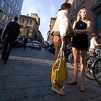 Secondo giorno della settimana della moda 2010 a Milano.<br /> Via Brera durante la settimana della moda a Miano<br /> <br /> Second day of the Milan fashion week.<br /> Brera street during the Milan fashion week