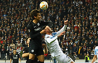 Lucas Torro (Eintracht Frankfurt) gegen Sergej Milinkovic-Savic (Lazio Rom) - 04.10.2018: Eintracht Frankfurt vs. Lazio Rom, UEFA Europa League 2. Spieltag, Commerzbank Arena, DISCLAIMER: DFL regulations prohibit any use of photographs as image sequences and/or quasi-video.