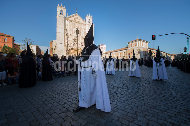 VALLADOLID, APRIL, 17, 2014. Penitents take part in a Holy Week procession in Valladolid, Spain, Thursday, April 17, 2014. Holy week in Valladolid is known for the more than 20 sculptures, from the National Museum of Esculptur, which are said as a street museum, and the more than 19 brotherhoods which take part in differents processions during the week. Patricio Realpe/Archivolatino