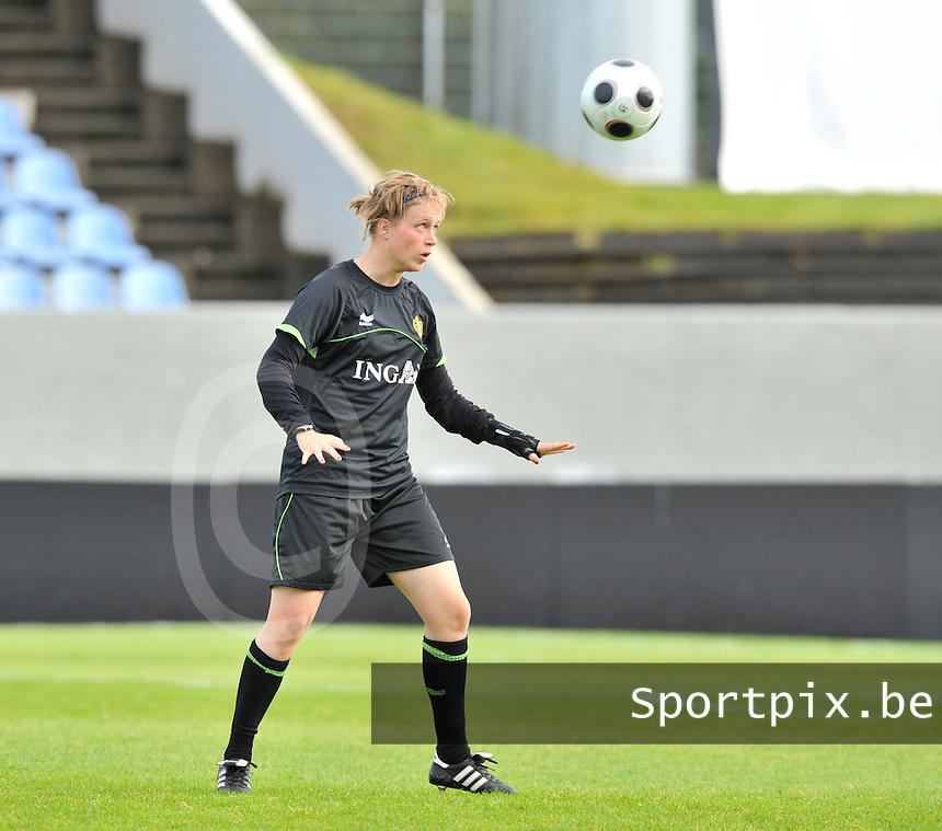 Iceland : UEFA Women's Euro Qualifying group stage (Group 3) - 21/09/2011 - 21:30CET (19:30 local time) - Laugardalsvöllur - Reykjavik : ICELAND (ijsland) - BELGIUM ( Belgie) : Caroline Berrens.foto DAVID CATRY / Vrouwenteam.be