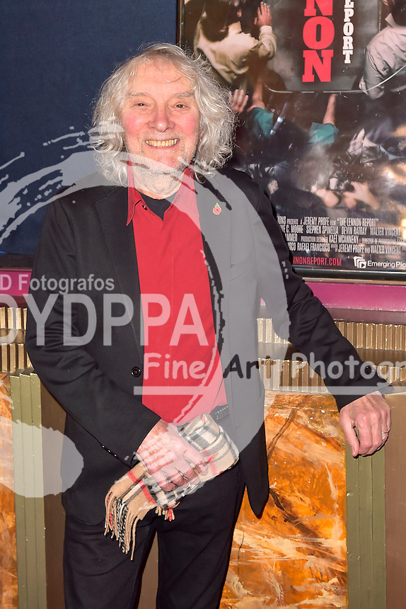 Albert Lee bei der Premiere des Kinofilms 'The Lennon Report' im Crest Theatre. Los Angeles, 08.12.2016