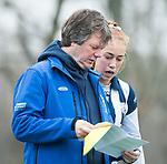 Den Haag - Hoofdklasse hockey dames, HDM-GRONINGEN  (6-2).  Assistent-coach Tom Pijpers (HDM)  met Pien van der Heide (HDM) . COPYRIGHT KOEN SUYK