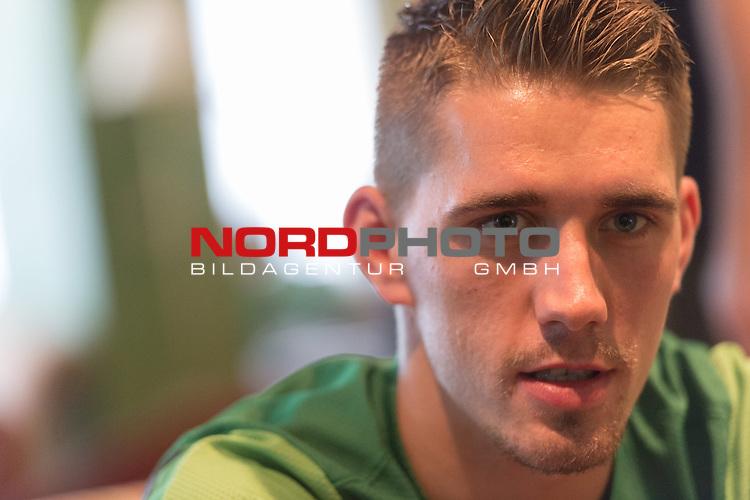 Trainingsgel&auml;nde, Jerez, ESP, 1.FBL, Trainingslager Werder Bremen 2014,  Nils Petersen {iptcday0}.{iptcmonth0}.{iptcyear4}, <br /> <br /> Nils Petersen (Bremen #24)<br /> Portrait<br /> Halbk&ouml;rper / Halbkoerper, Einzelaktion, <br /> <br /> Foto &copy; nordphoto/ Kokenge