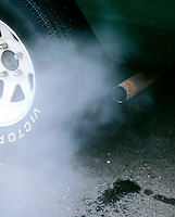 AUTOMOBILE EXHAUST FROM TAILPIPE<br />