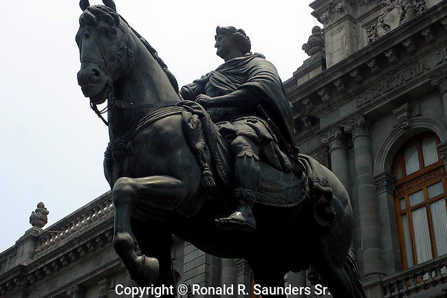 "Statue of Carlos IV of Spain in front of the ""Mexican Museum of San Carlos"""