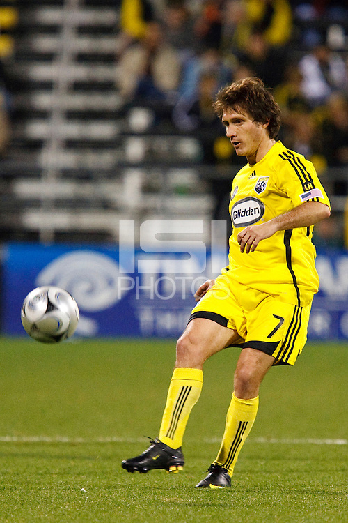 25 OCTOBER 2009:  Guillermo Barros Schelotto of the Columbus  (7)Crew during the New England Revolution at Columbus Crew MLS game in Columbus, Ohio on October 25, 2009.