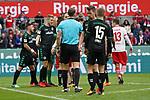 01.12.2018, RheinEnergieStadion, Koeln, GER, 2. FBL, 1.FC Koeln vs. SpVgg Greuther Fürth,<br />  <br /> DFL regulations prohibit any use of photographs as image sequences and/or quasi-video<br /> <br /> im Bild / picture shows: <br /> Rangelei zwischen koelnern und fuerthern nach einem Foul durch Maximilian Bauer (Fuerth #38), <br /> <br /> Foto © nordphoto / Meuter
