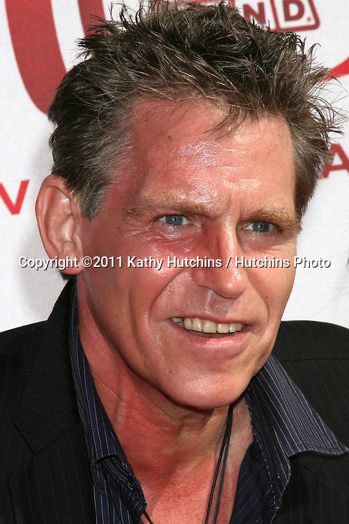 LOS ANGELES - JUN 8:  Jeff Conaway arriving at the 2008 TV Land Awards at Barker Hanger on June 8, 2008 in Santa Monica, CA