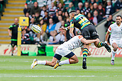 9th September 2017, Franklins Gardens, Northampton, England; Aviva Premiership Rugby, Northampton Saints versus Leicester Tigers; Luther Burrell of Northampton Saints offloads as Jonny May of Leicester Tigers makes the tackle