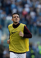 Calcio, Serie A: Roma vs Lazio. Roma, stadio Olimpico, 8 novembre 2015.<br /> Roma's Alessandro Florenzi warms up during the Italian Serie A football match between Roma and Lazio at Rome's Olympic stadium, 8 November 2015.<br /> UPDATE IMAGES PRESS/Isabella Bonotto