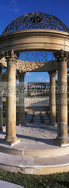 "Iles Bahamas / New Providence et Paradise Island / Nassau: Hotel ""One & Only Océan Club"" le jardin ""Versailles Garden"""