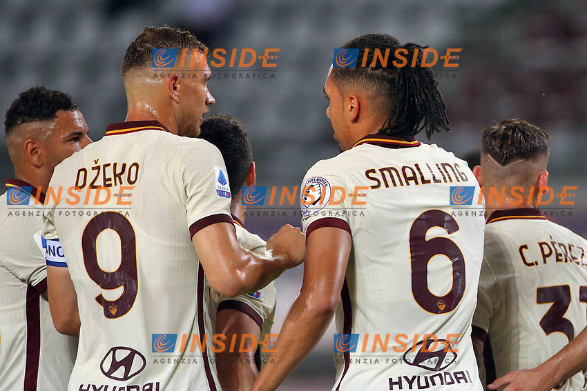 Chris Smalling of AS Roma celebrates with Edin Dzeko of AS Roma after scoring the goal of 1-2 during the Serie A football match between Torino FC and AS Roma  at Olimpico stadium in Roma (Italy), July 29th, 2020. Play resumes behind closed doors following the outbreak of the coronavirus disease. Photo Gino Mancini / Insidefoto