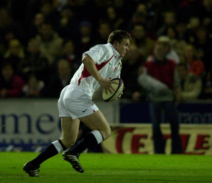 Photo. Richard Lane. .England A v Ireland A at Franklins Gardens, Northampton..15/02/2002..Matt Perry