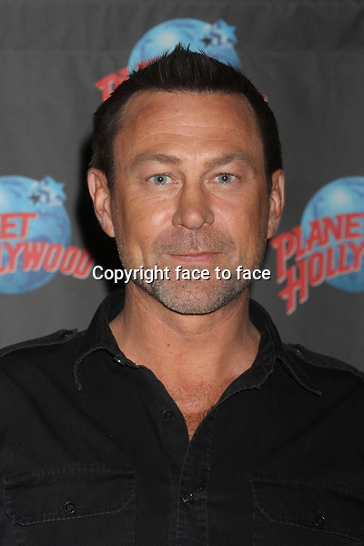 """Grant Bowler promoting his role in the Syfy series """"Defiance"""" at Planet Hollywood Times Square in New York, 19.06.2013. Credit: Rolf Mueller/face to face"""