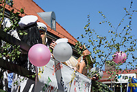 Neue Studenten feiern den Beginn des Studiums,  Kristianstad, Provinz Sk&aring;ne (Schonen), Schweden, Europa<br /> New students celebrate the beginning of their studies in Kristianstad, Province Sk&aring;ne, Sweden