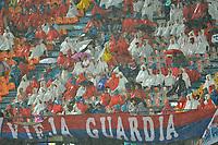 MEDELLIN - COLOMBIA, 20-04-2019: Hinchas del Medellín animan a su equipo durante partido por la fecha 17 de la Liga Águila I 2019 entre Deportivo Independiente Medellín y Jaguares de Cordoba F:C: jugado en el estadio Atanasio Girardot de la ciudad de Medellín. / Fans of Medellin cheer for their team during match for the date 17 of the Aguila League I 2019 between Deportivo Independiente Medellin and Jaguares de Cordoba F:C: at Atanasio Girardot stadium in Medellin city. Photo: VizzorImage / Leon Monsalve / Cont