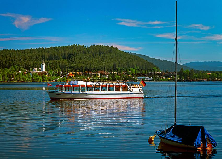 Deutschland, Baden-Wuerttemberg, Schwarzwald, Titisee: Kurort und See | Germany, Baden-Wuerttemberg, Black Forest, Titisee: health resort and lake