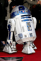 LOS ANGELES - MAR 8:  R2D2 at the Mark Hamill Star Ceremony on the Hollywood Walk of Fame on March 8, 2018 in Los Angeles, CA