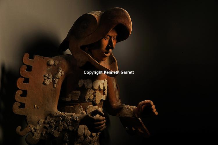 Greatest Aztecs, MM7677,  Mexico City, Mexico, Templo Mayor Museum, Eagle Warrior, Life size, Ceramic