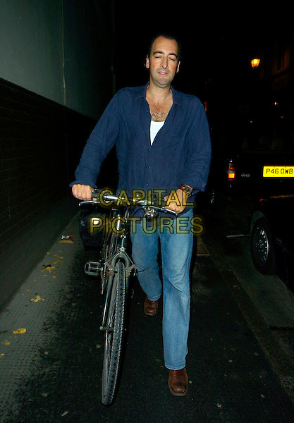 ALISTAIR McGOWAN.Spotted around Soho, London,.England, August 21st 2007..full length push bike pushiny bicycle blue shirt jeans.CAP/CAN.©Can Nguyen/Capital Pictures