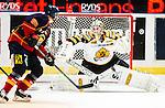 ***BETALBILD***  <br /> Stockholm 2015-09-19 Ishockey SHL Djurg&aring;rdens IF - Skellefte&aring; AIK :  <br /> Skellefte&aring;s m&aring;lvakt Markus Svensson i aktion under matchen mellan Djurg&aring;rdens IF och Skellefte&aring; AIK <br /> (Foto: Kenta J&ouml;nsson) Nyckelord:  Ishockey Hockey SHL Hovet Johanneshovs Isstadion Djurg&aring;rden DIF Skellefte&aring; SAIK