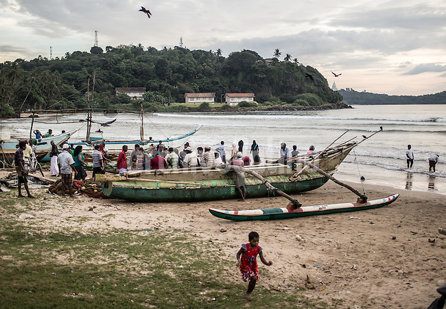 Sri Lanka dic 2015.Fishermen along the coast in Galle 3hr driving towards the south coast from Colombo
