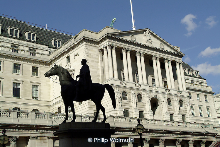 Statue of the Duke of Wellington in front of the Bank of England in the City of London