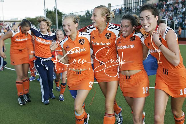NLD-20050820-DUBLIN- EK HOCKEY dames. Finale; Nederland-Duitsland (2-1) Nederlands is Europees Kampioen.Ellen Hoog, Naomi van As, Sophie Polkamp FOTO/KOEN SUYK