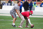 San Francisco 49ers backup quarterback Scott Tolzien (3) with T.J. Ingels during warm ups prior to an NFC Championship NFL football game against the New York Giants on January 22, 2012 in San Francisco, California. The Giants won 20-17 in overtime. (AP Photo/David Stluka)