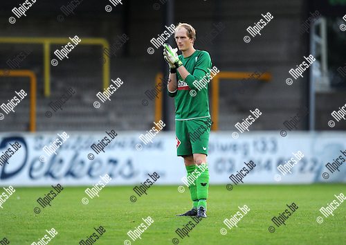 2013-08-10 / Voetbal / seizoen 2013-2014 / Zwarte Leeuw / Robin Hendrickx<br /><br />Foto: mpics.be