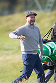 3rd October 2017, The Old Course, St Andrews, Scotland; Alfred Dunhill Links Championship, practice round; Singer Brian McFadden in jovial mood on the third hole of the Old Course, St Andrews, during a practice round ahead of the Alfred Dunhill Links Championship